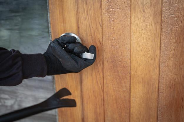 ¿Qué debo hacer si han entrado a robar en mi casa?